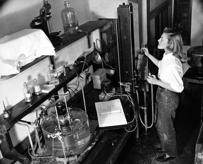 Unidentified student in a science laboratory, mid-1940s. Photograph by Francis E. Falkenbury, Jr. Courtesy of the Sarah Lawrence College Archives..