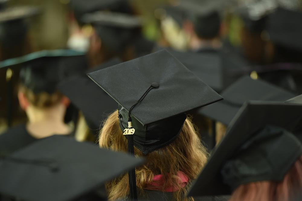 2019 graduation cap and tassle