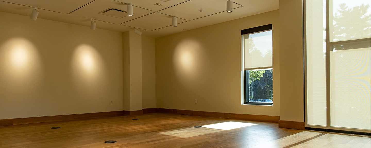 Photo of an empty Barbara Walters Gallery