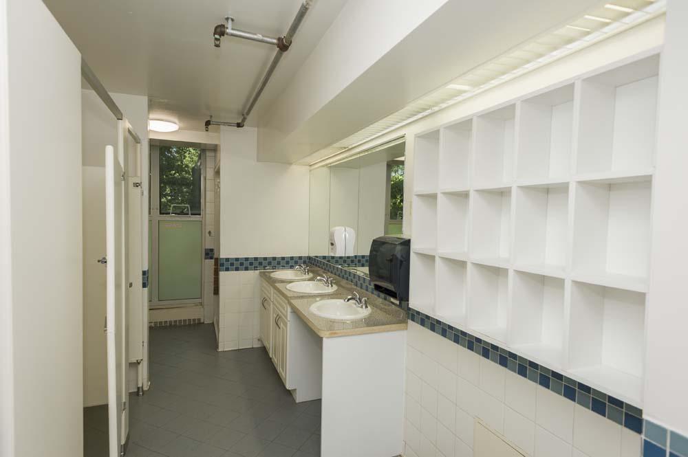 Garrison common bathroom