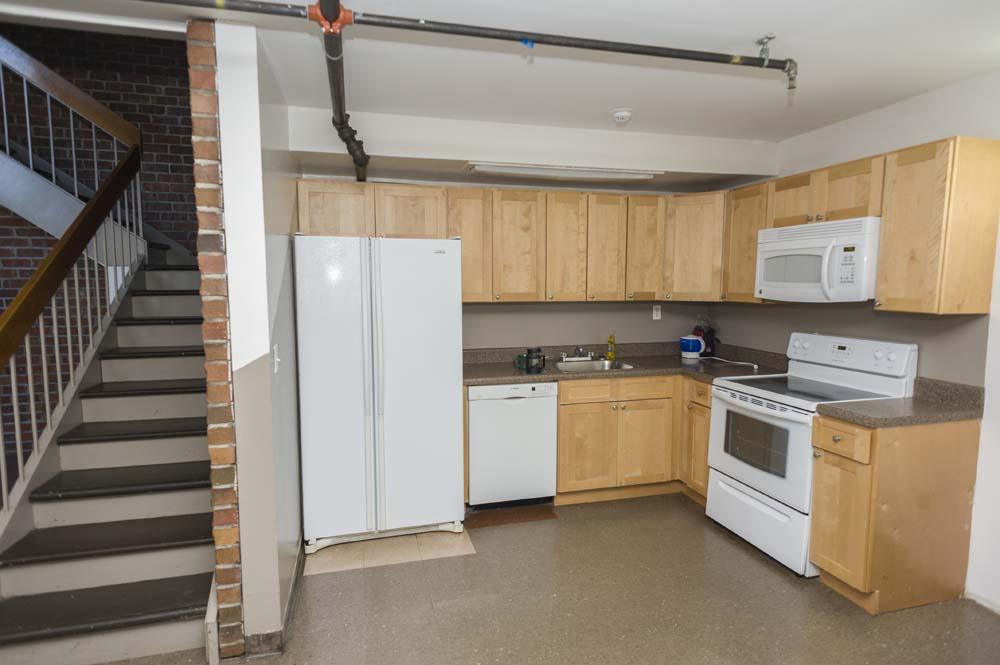 Slonim Woods kitchen adjacent to the stairway