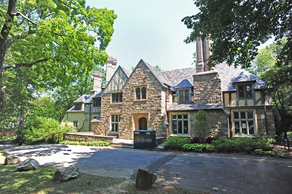 Tudor style Tweed building exterior