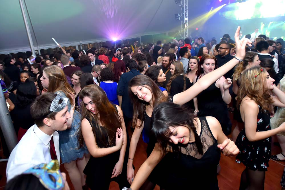 pic of overlooking a crowd of students on the dance floor at the Fall Formal